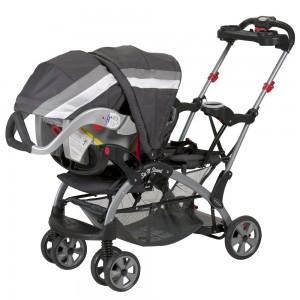 Coche Doble Sit N Stand Liberty ultra de Baby Trend con silla de auto